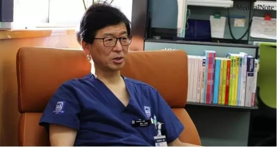 日本肝胆胰手术量第一的高山忠利教授